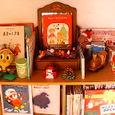 クリスマスの絵本棚